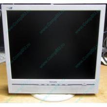 "Б/У монитор 17"" Philips 170B с колонками и USB-хабом в Барнауле, белый (Барнаул)"